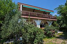 Apartamento en alquiler a 1200 m de la playa Primorje-Gorski Kotar