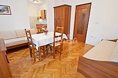 Apartment for rent only 200 meters from the beach Primorje-Gorski Kotar