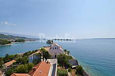 Apartment for 4 people only 400 meters from the beach Primorje-Gorski Kotar