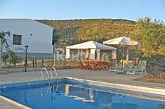 Cortijo de Arriba: Casa de 3 habitaciones con piscina Córdoba