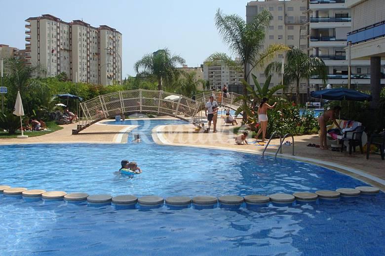 eden resort complejo lujo con piscina climatizada