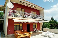 Apartment for rent only 30 meters from the beach Split-Dalmatia