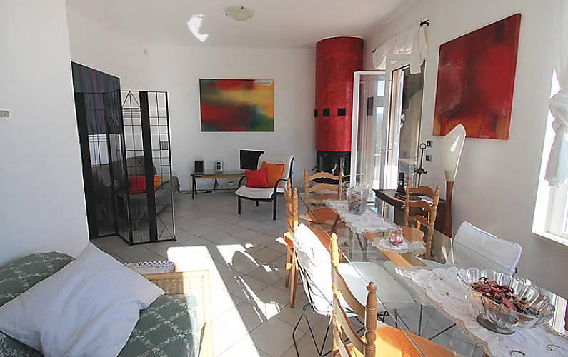Letti A Castello Finalborgo.Villa Per 7 Persone A 3 Km Dalla Spiaggia San Bernardo Finale