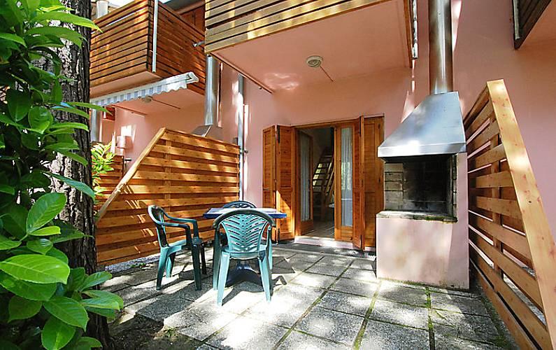 Casa in affitto a 800 m dalla spiaggia lignano for Cresciuto piani casa ranch