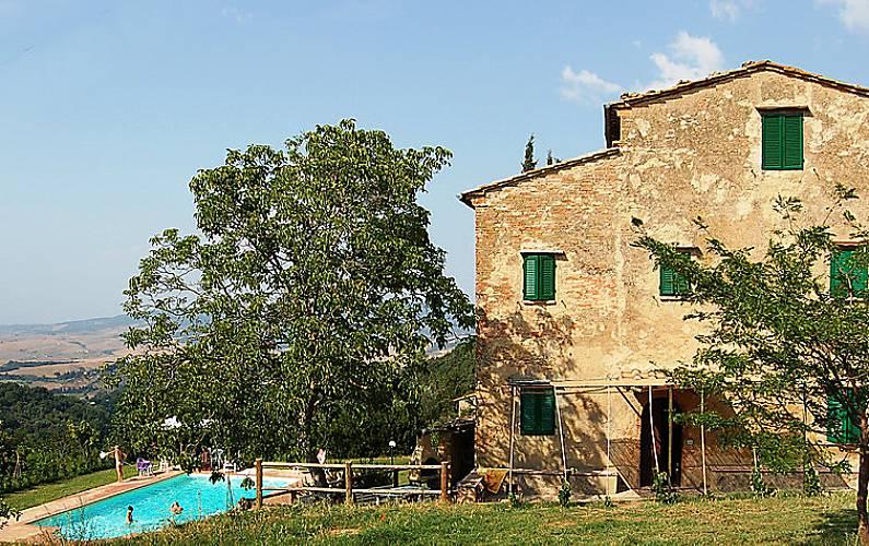 Casa per 9 persone con piscina montebradoni volterra pisa for Casa volterra