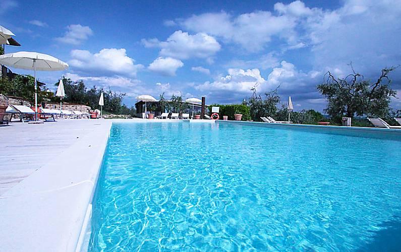 Apartamento en alquiler con piscina castel san gimignano for Piscina olimpia colle telefono
