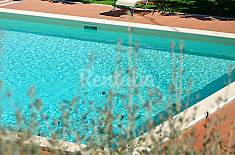 Apartment for 11 people with swimming pool Terni
