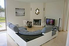 Villa for 8 people only 1500 meters from the beach Porto