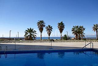 Apartment for 2-6 people only 50 meters from the beach Setúbal