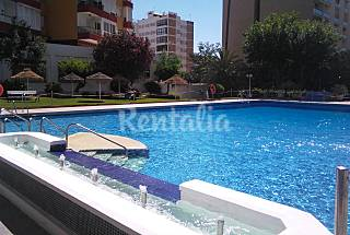 Apartament 1 línea de playa vista  al mar  puerto  Málaga