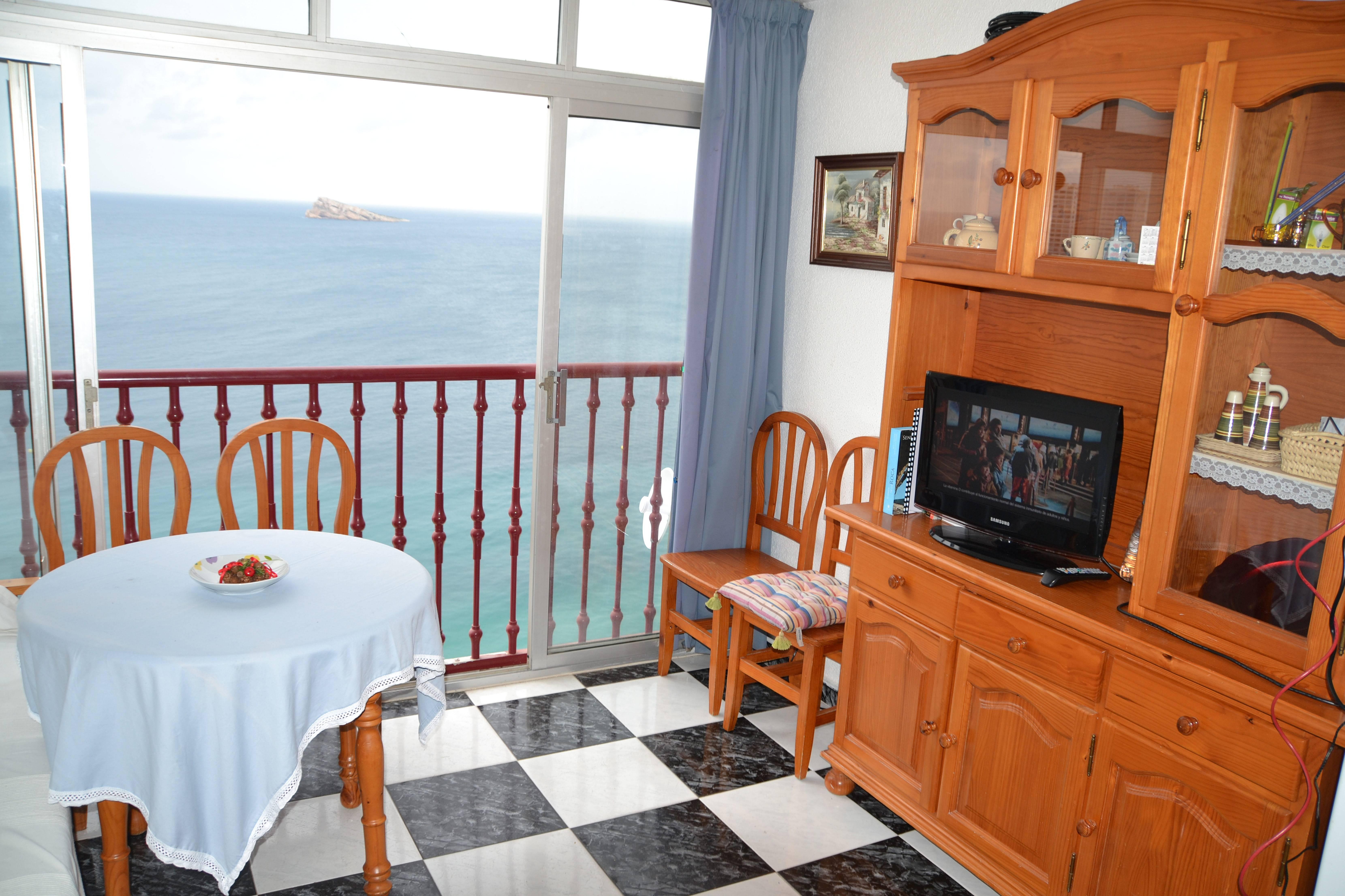Apartamento de 1 habitaci n en 1a l nea de playa benidorm alicante costa blanca - Alquilo habitacion en alicante ...