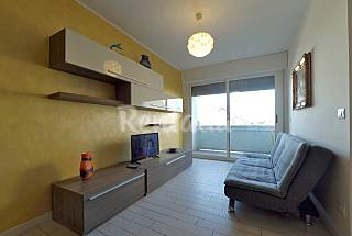 Apartamento en alquiler en 1a línea de playa Ferrara