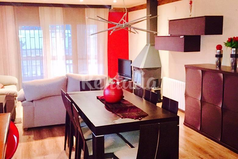 Villa con piscina privada y barbacoa pe scola for Cocinas castellon precios