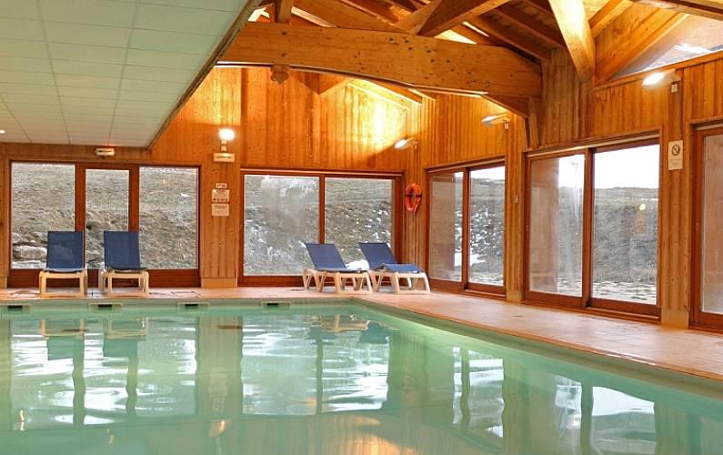Appartement pour 8 personnes avec piscine lanslevillard for Piscine lanslevillard