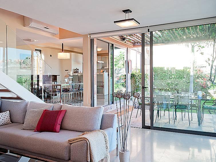 Villa en alquiler con piscina el vento mog n gran canaria - Villas en gran canaria con piscina ...