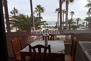 Apartment with 2 bedrooms only 25 meters from the beach Alicante