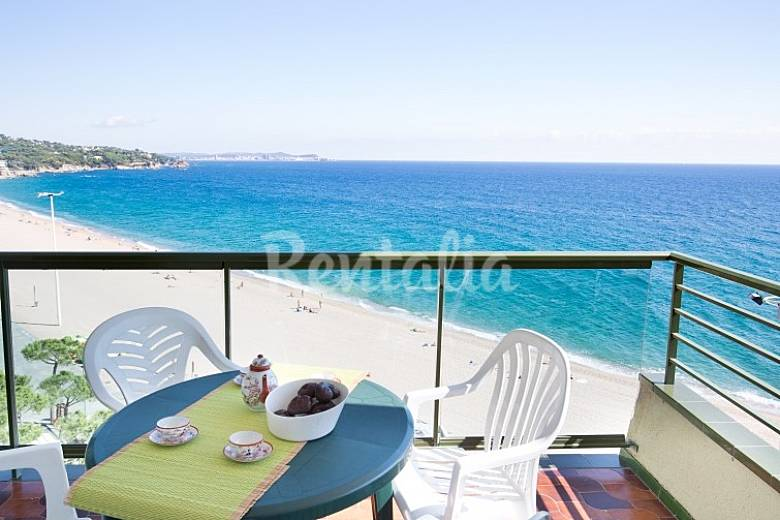 Apartamento en alquiler en platja d 39 aro platja d 39 aro - Pisos alquiler platja d aro ...
