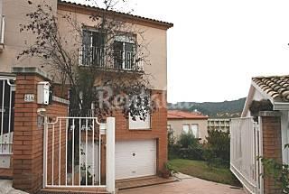 House with garden & swimmingpool 300 m. from beach Girona