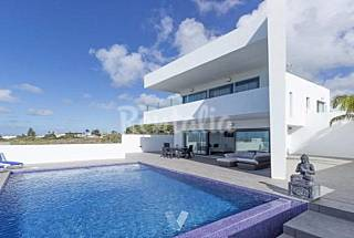 Villa for rent only 300 meters from the beach Cádiz