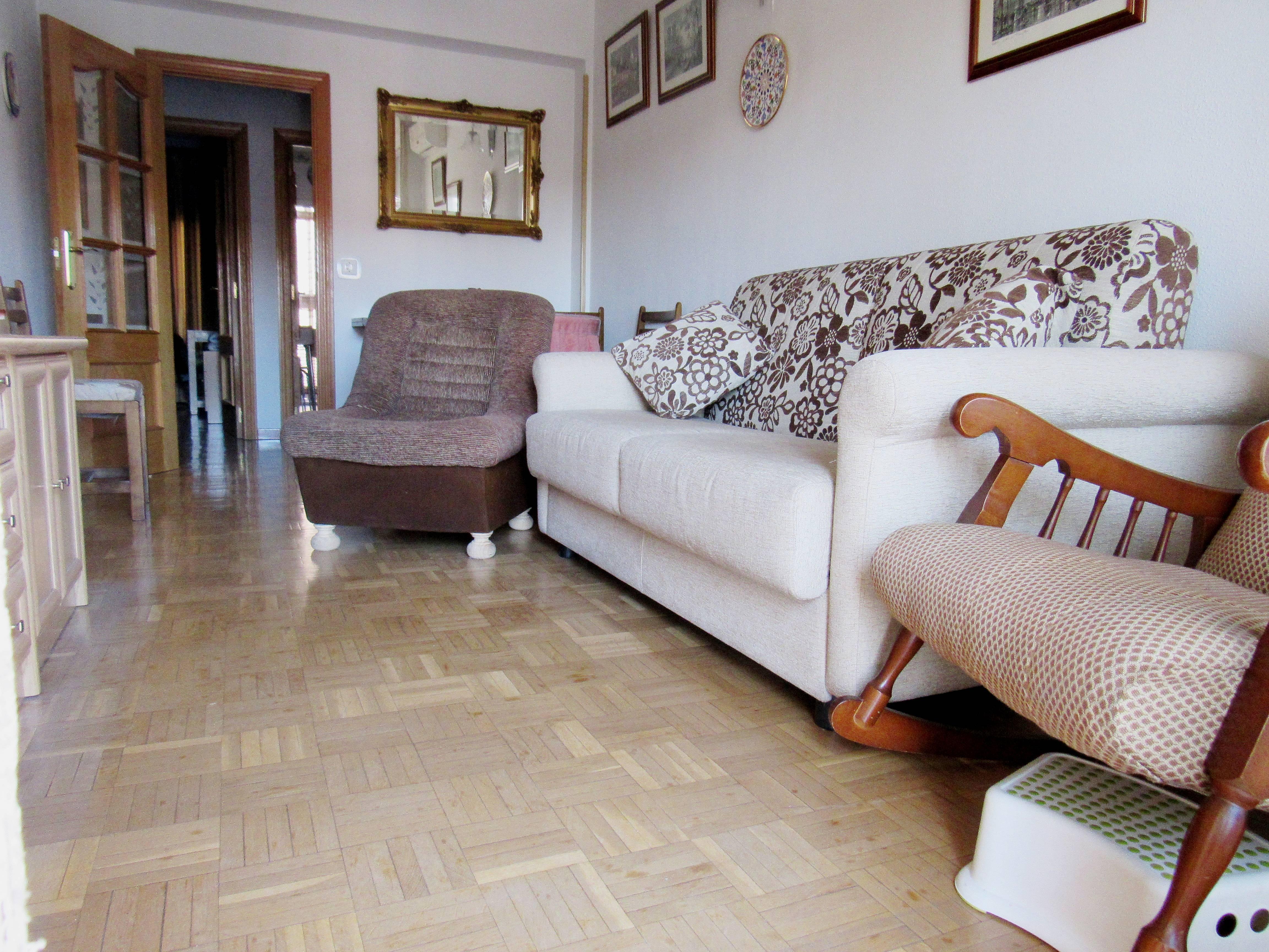 Apartamento de 2 habitaciones en madrid centro madrid for Habitaciones en madrid
