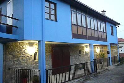 Casa con encanto para familias, prado y panera Asturias