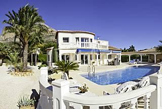 Casa Montgo.Villa for 4 people 6 km from the beach Alicante