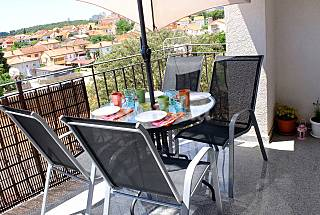Pula, Jazzy Apartment (6 persons/3 bedrooms + LR) Istria