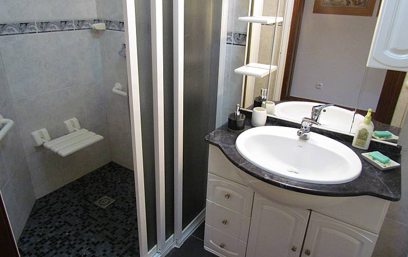 A.L. Casa-de-banho Setúbal Sesimbra vivenda - Casa-de-banho