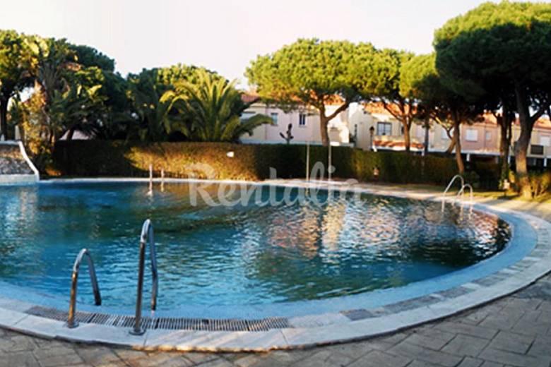 Chiclana casas adosadas 100m playa barrosa piscina for Piscina de cadiz