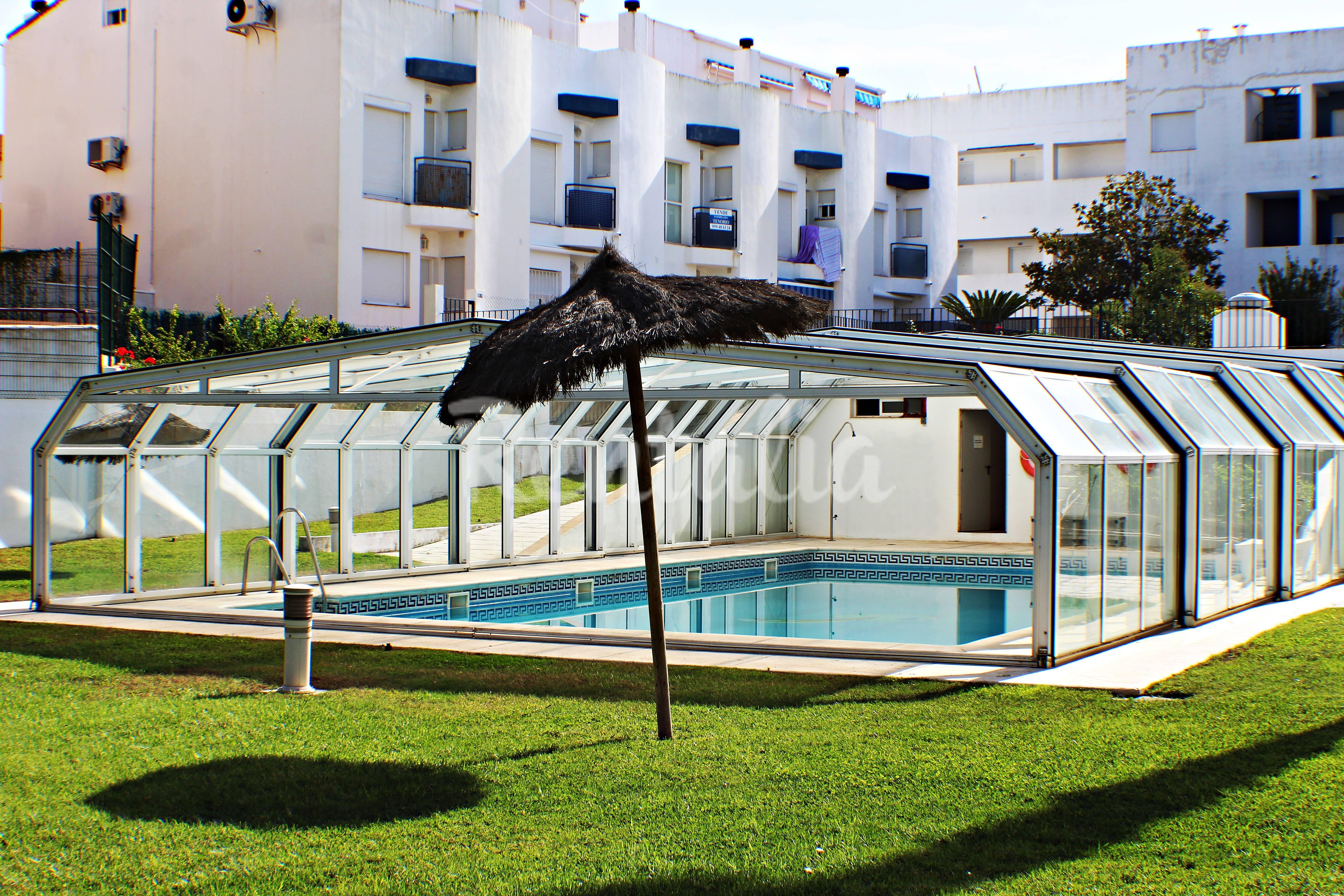 Apartamento para 2 4 personas a 600 m de la playa - Rentalia islantilla ...