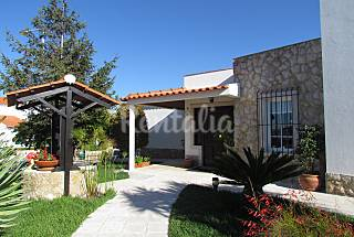 Villa with 3 bedrooms 4 km from the beach Setúbal