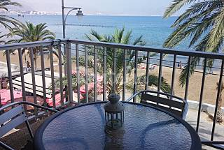 Apartment with 2 bedrooms on the beach front line Murcia