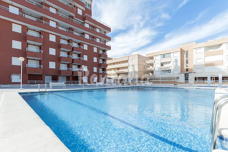 Lago azul apartamento para 4 personas en playa de for Apartamentos playa azul