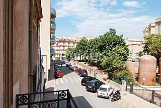 Lovely apartment near the beach Palermo
