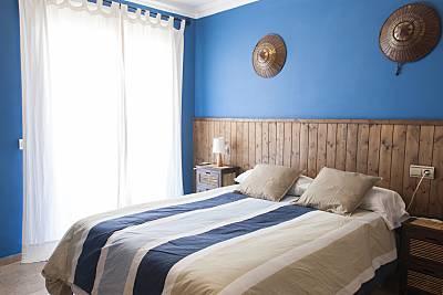 Piso 2 habitaciones, 2 baños 50 m de la playa Wifi  Málaga