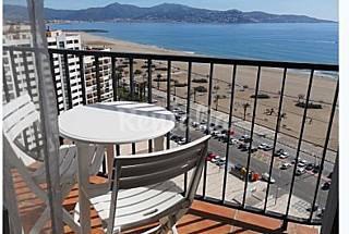 Apartment with 2 bedrooms only 100 meters from the beach Girona