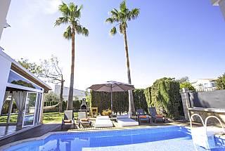 Villa Alcudia Beach, private pool Majorca