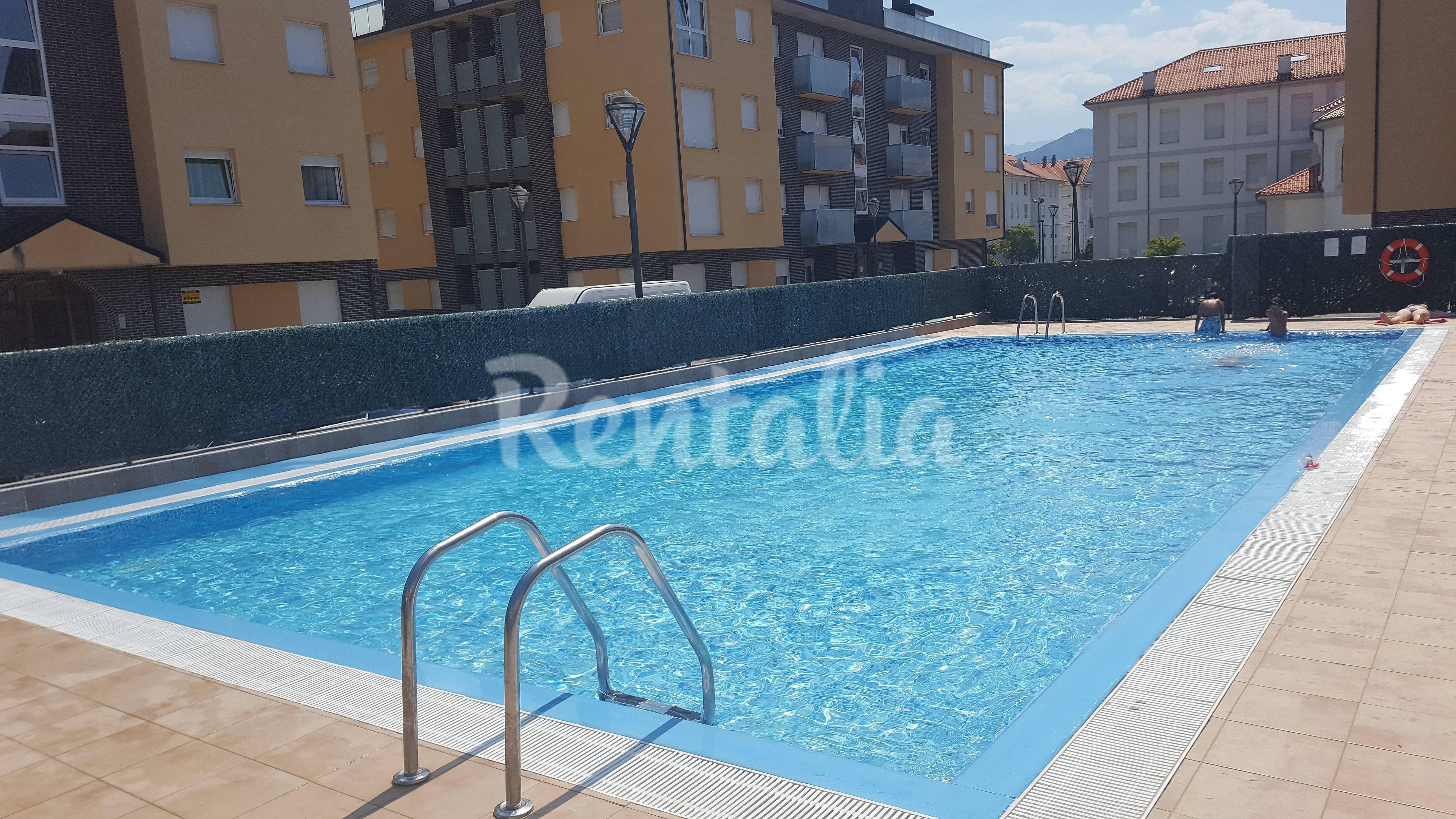Formidable apartamento en unquera con piscina unquera - Piscina san vicente ...