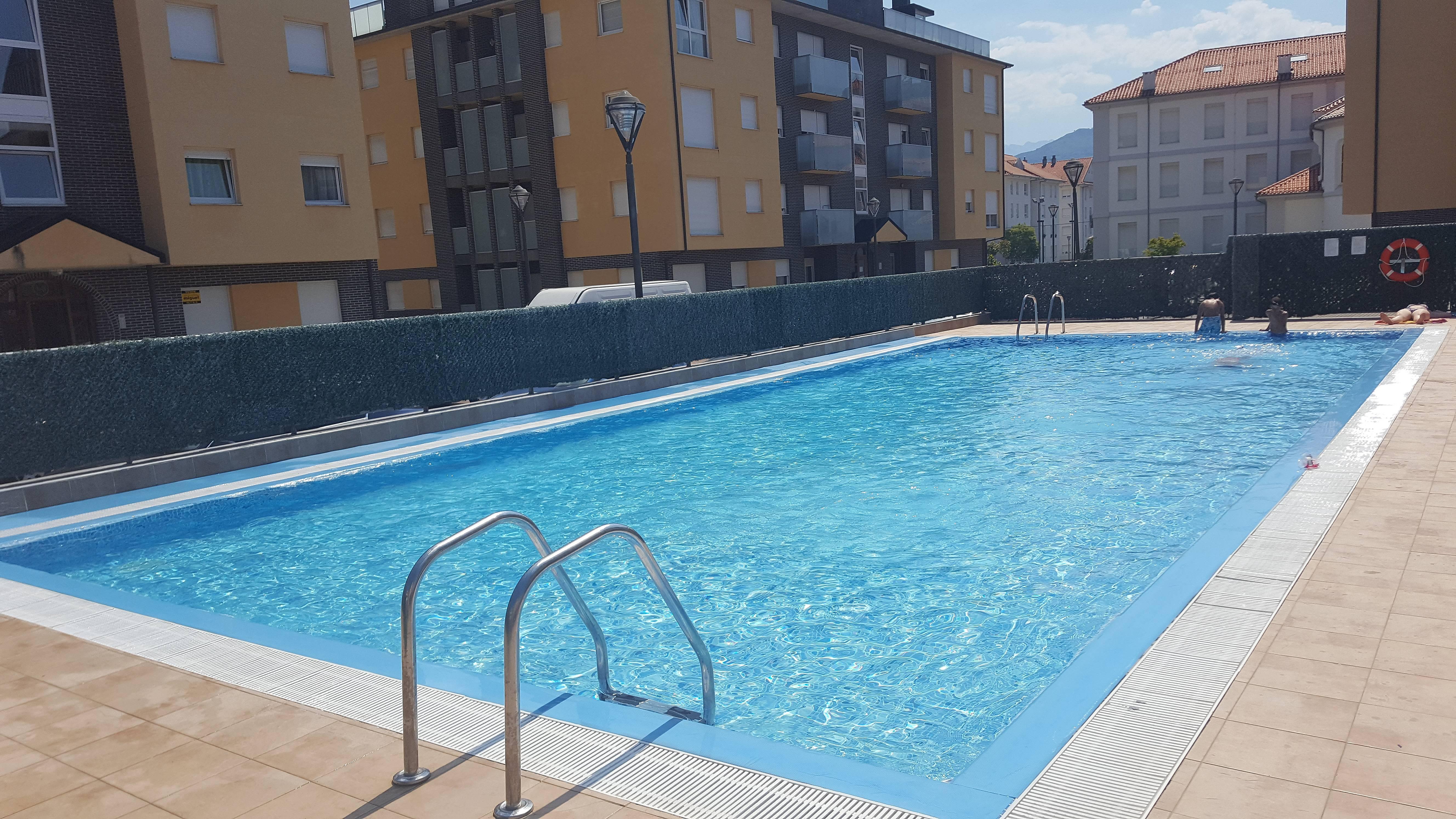 Formidable apartamento en unquera con piscina unquera - Piscinas en santander ...