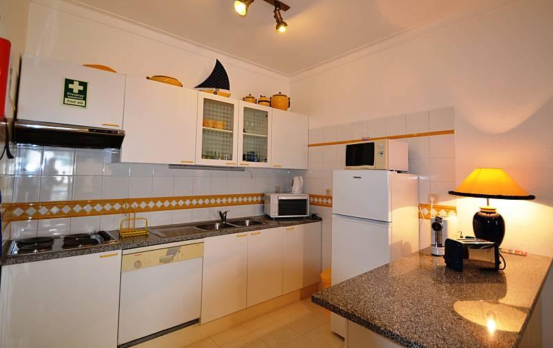 Beautiful Kitchen Algarve-Faro Silves Apartment - Kitchen