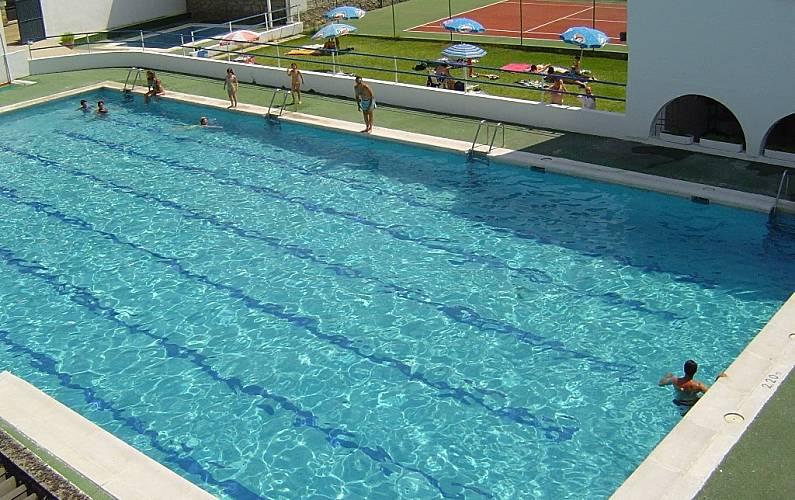 Casa con 4 stanze con piscina el rincon navaluenga vila for Piscina sauces 6