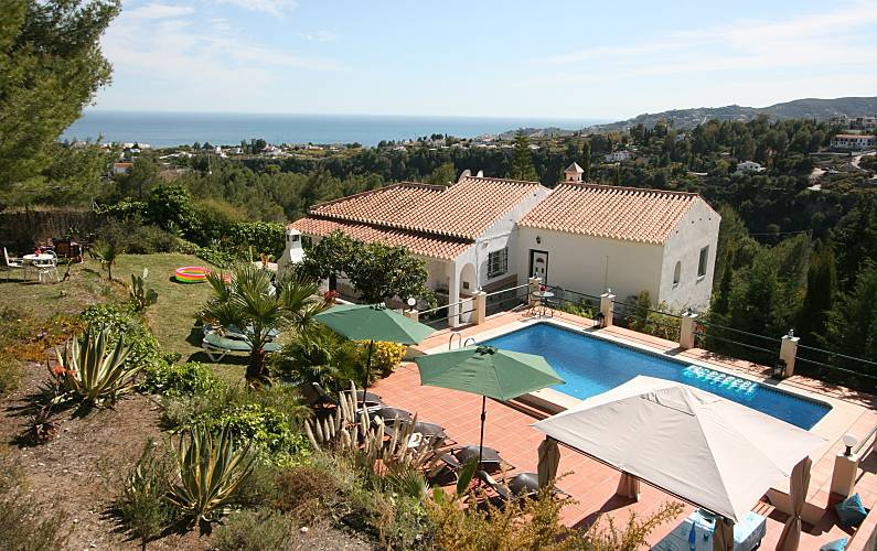 7c1a7fe34fa Villa para 10-12 personas a 4 km de la playa - Frigiliana (Málaga ...