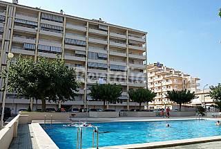 Apartamento de vacaciones 3 piscinas y parking Castellón