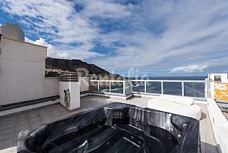 Bonito apartamento con vistas al mar y jacuzzi Gran Canaria