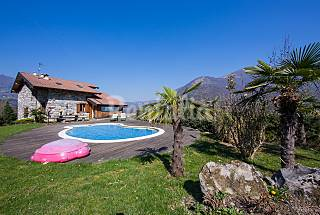Vivenda para alugar em Schignano Como