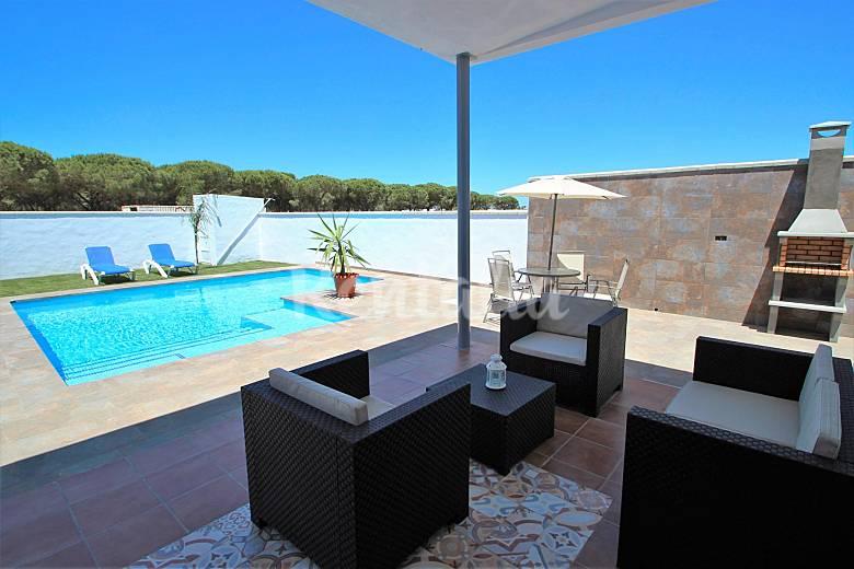 Casa nueva y moderna con piscina privada conil de la frontera c diz costa de la luz - Casas rurales con piscina privada en cadiz ...