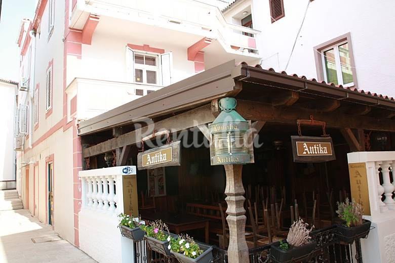 Appartement voor 10 personen in novalja novalja lika senj pag eiland - Centrum eiland keuken prijs ...