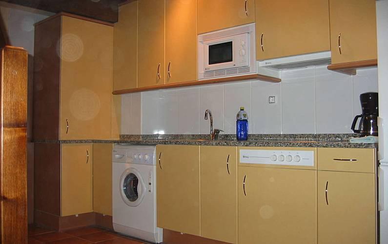 Apartment Kitchen Huesca Canfranc Apartment - Kitchen
