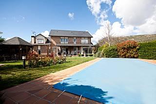 Ascot House, impressionante mansione di montagna con piscina e barbecue   Madrid