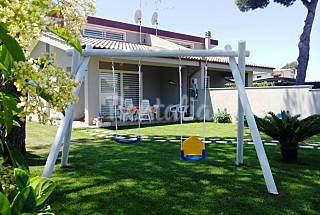 Villa with 2 bedrooms 2.5 km from the beach Latina
